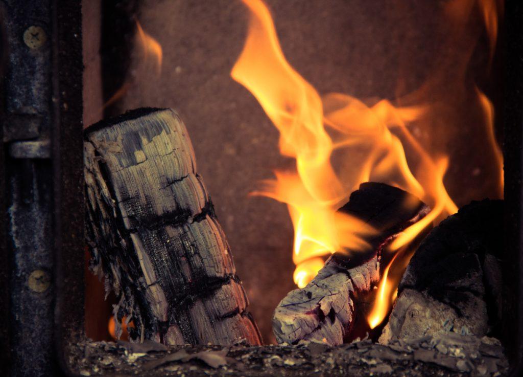 fireplace-933565-1024x737