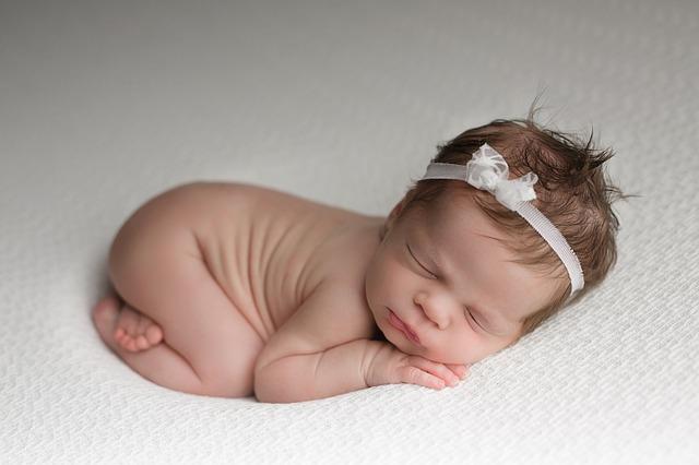 4睡眠baby-3149224_640